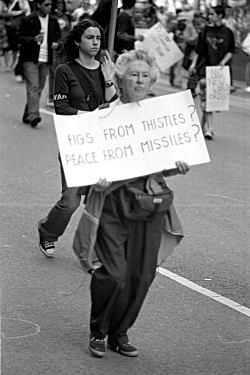 Antiwar protester, New York City, 3/22/03