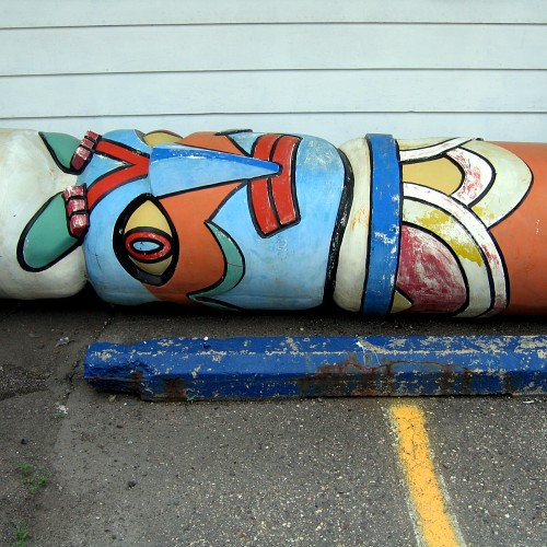 Totem Pole from Thunderbird Lodge, Minneapolis, MN, June 5, 2008