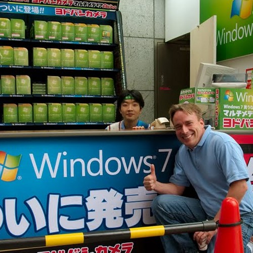 LinusWelcomesWindows7